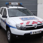 Véhicule prioritaire police