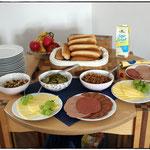 Mittagessen :) Sandwiches mit Wilmersbuger und Hobelz!