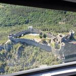 Mardi 8 juin - Vue des travaux du château depuis l'hélicoptère