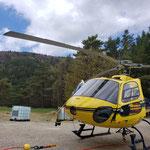 Jeudi 22 avril - arrivée de l'hélicoptère pour l'opération d'héliportage