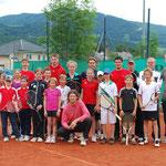 Das BL-Meister-Team vom Pfingstwochenende mit den Kids aus dem Regionstraining