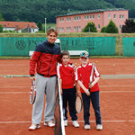 Manuel Neuwirth und Felix Lippner mit Max Egger