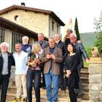 Künstlergruppe mit Gastgeber Raffaele BAldoni (Mitte)