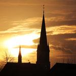 unsere Basilika im Abendlicht      Foto: Bernadette FS