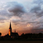 Sommerabend über unserer Basilika     Foto: Bernadette FS