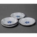 白岩焼和兵衛窯 白釉梅文皿