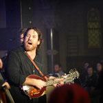 Chuck Ragan unplugged im Kirchenschiff