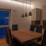 Privathaus Wiesbaden LED-Linien Esszimmer