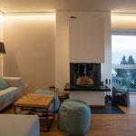 Privathaus Wiesbaden LED-Linien Wohnzimmer