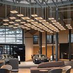 Autohaus Beresa Bielefeld Lichtskulptur Willkommenszone