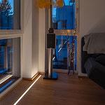 Privathaus Wiesbaden LED-Linien Boden Wohnzimmer