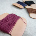 革の糸巻き