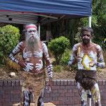 Aboriginie-Tänzer am Hafen