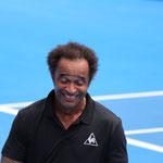 Yannick Noah - lustiger Show-Tennisspieler und Profi in den 90ern