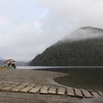 Lake Paringa, ich wundere mich immer wieder über die lustigen Gefährte der Reisenden