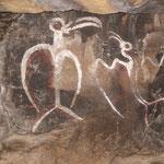 Felsmalereien in einer der vielen Höhlen.