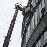 Glas- und Fassadenreinigung bei Schnee