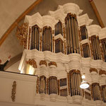 Hans Davidsson gratuliert zur gelungenen Orgelrestaurierung