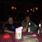 Warten und Kingfisher trinken....