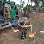 Kari und Till und das Outdoor-Office