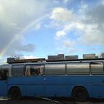 ...der Bus nachher (Dachkisten? 9 Stück, noch erweiterbar auf maximal 12)