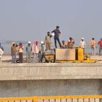 Bauarbeiter mit Helm !!!
