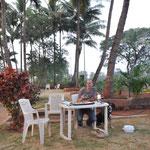 Eine Raststätte unter Palmen. Wenn der Geräuschpegel nicht extrem hoch wäre, wäre es traumhaft gewesen!