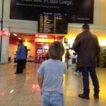 Flughafen - Opis Flieger ist gelandet