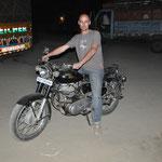 Till und sein Wunsch-Motorrad: die Royal Enfield