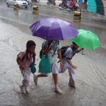 Der Monsun hält das Land fest im Griff.