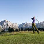 Golfen in Arosa (Foto: Graubünden Ferien/Alfonso Smith)