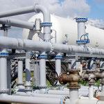 Warm- und Kaltwasserbehälter