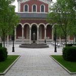 Der neu geschaffene Platz vor der Abtei St. Bonifaz