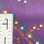 buntes Muster auf lila