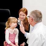 Merjenje IOT s tonometrom Icare ic100 otroci