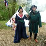 Didier et Patricia (des Bourguignons mais néanmoins amis ;-)). Ensemble de femme noble réalisée sur mesure