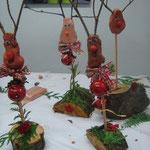 Des reines et des décorations de la forêt
