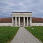 27-10-15 Petite pause devant les Salines de Salins-les-Bains (Jura)