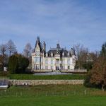 10-11-15 Château typique du Cantal