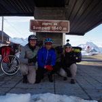 29-11-15 Merci à Lorenzo, un espagnol originaire de Madrid ayant tenu à nous accompagner jusqu'à la frontière !