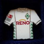 2003/04 Auswärts-Trikot mit Bundesliga-Logo