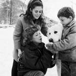 Mehdi, Flanker, Paloma Matta (Angelina) et Cécile Aubry (© ebay 1965)