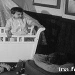 En 1958, Mehdi et le petit chien Pick © ina.fr
