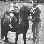 En 1960, avec Mehdi et le poney Barbara au Moulin Bleu