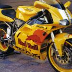 oracal 751 folierung auf Ducati