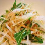 無農薬野菜のサラダ エネルギー;85㌔㌍  タンパク質;0.5㌘  塩分;0.4㌘