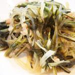 水菜と春雨の炒め物  エネルギー;35㌔㌍  タンパク質;1.6㌘  塩分;0.5㌘