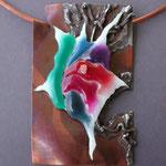 2004年七宝作家協会展出品作品「燃ゆる」   (上野の森美術館)