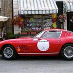 La magnifique Ferrari 275 GTB de l'équipage Noblet-Gosselin.