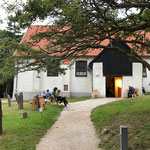 Es wurde auf Hiddensee im Jahre 1296 gegründet